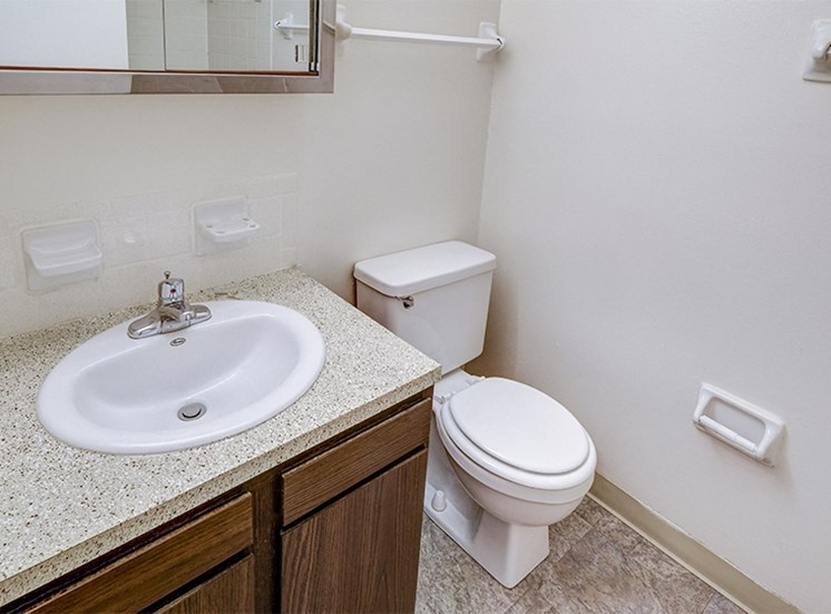 Townhome Bathroom at The Woods of Eagle Creek
