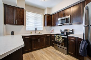 16485 N. Stadium Way 3 Beds Apartment for Rent Photo Gallery 1