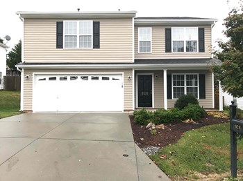 828 Peachtree Meadows Circle 4 Beds House for Rent Photo Gallery 1