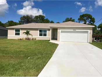 12254 Gulfstream Blvd 3 Beds House for Rent Photo Gallery 1