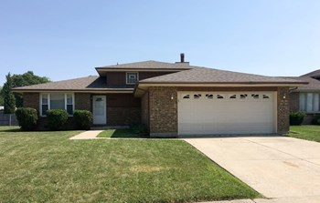17225 Coventry Ln 3 Beds House for Rent Photo Gallery 1