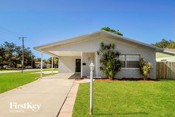 4402 S Lanier Drive 3 Beds Apartment for Rent Photo Gallery 1