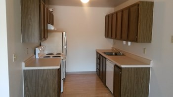 400 SE 196Th Avenue 1-2 Beds Apartment for Rent Photo Gallery 1