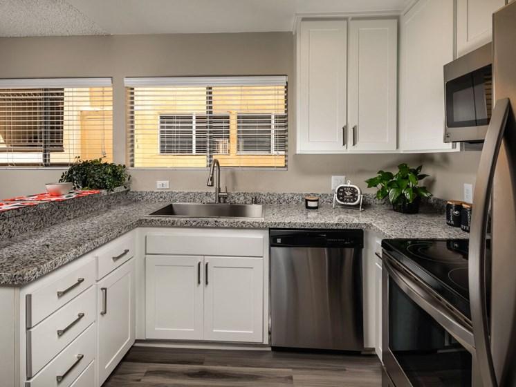 Kitchen Corte Bella, Fountain Valley, 92708