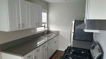 901 S. Ardmore Ave Studio Apartment for Rent Photo Gallery 1