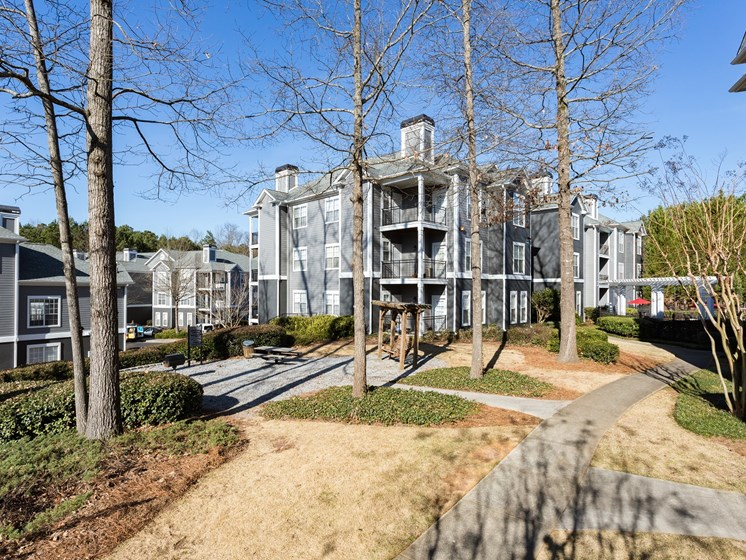 Park-Like Setting with Picnic & Grilling Areas at The Berkeley Apartment Homes, Duluth, GA 30096
