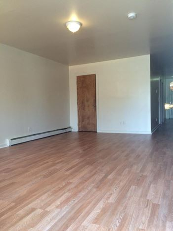56 Washington Ave 2 3 Beds Apartment For Rent Photo Gallery 1