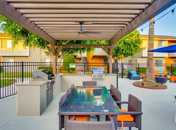Gazebo With Multiple Built-In Stainless Barbecue Grills at Pacific Trails Luxury Apartment Homes, Covina