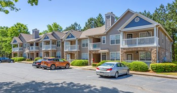 4000 Mcginnis Ferry Road 1-3 Beds Apartment for Rent Photo Gallery 1