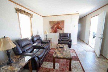 731 Signal Road West Studio-3 Beds Apartment for Rent Photo Gallery 1