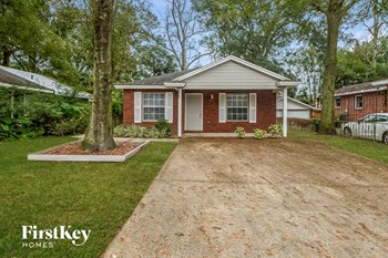 4648 Royal Avenue 3 Beds House for Rent Photo Gallery 1