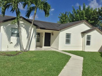 20763 SW 126Th Court 4 Beds House for Rent Photo Gallery 1
