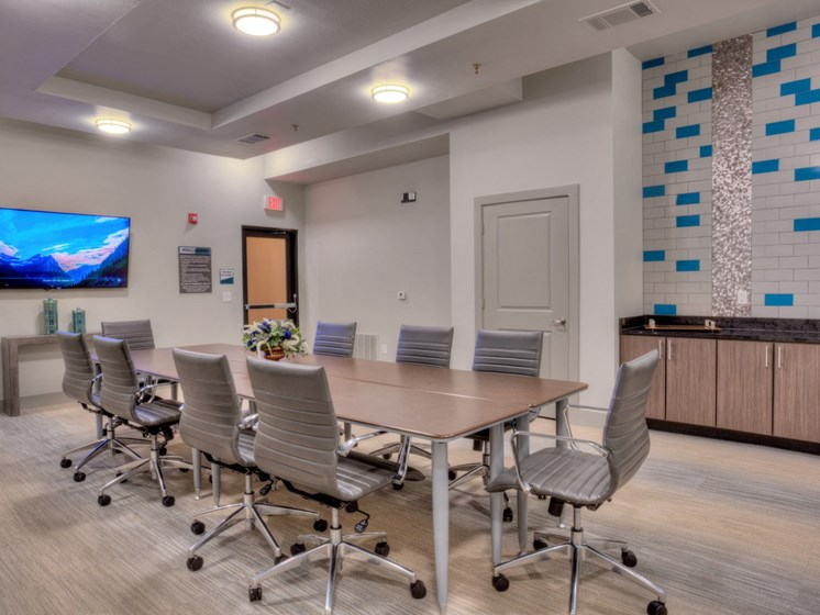 conference room apartments in uptown dallas