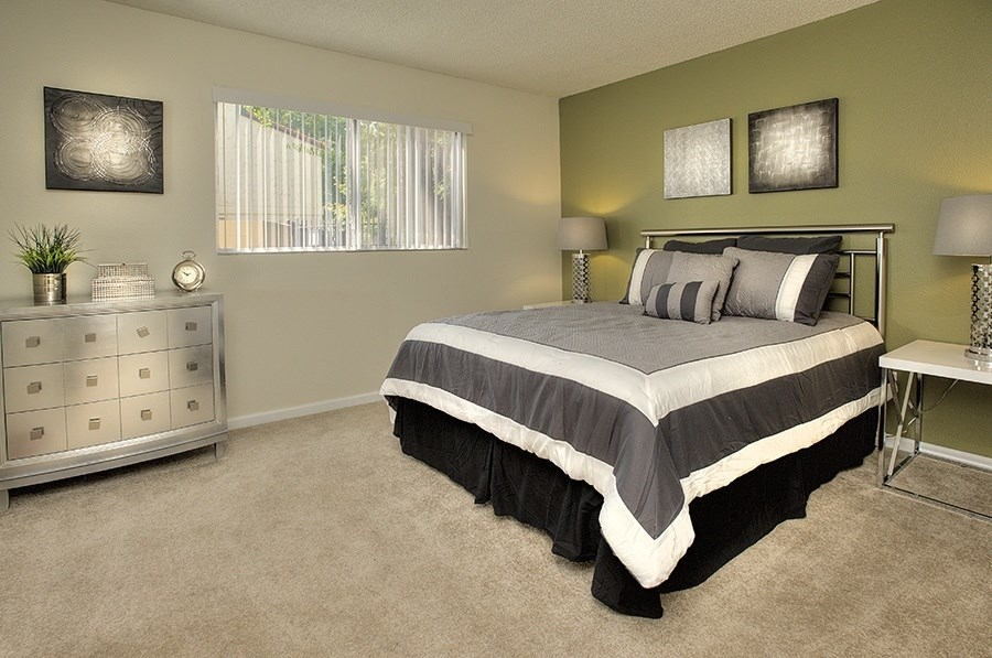 Apartments for Rent in Vacaville-Creekside Gardens Apartments Bedroom