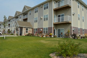 1156 Donna Lane 1-2 Beds Apartment for Rent Photo Gallery 1