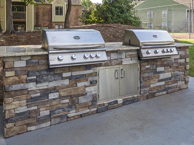 Outdoor Grilling | Landmark at Battleground Park Apartment Homes Greensboro, NC
