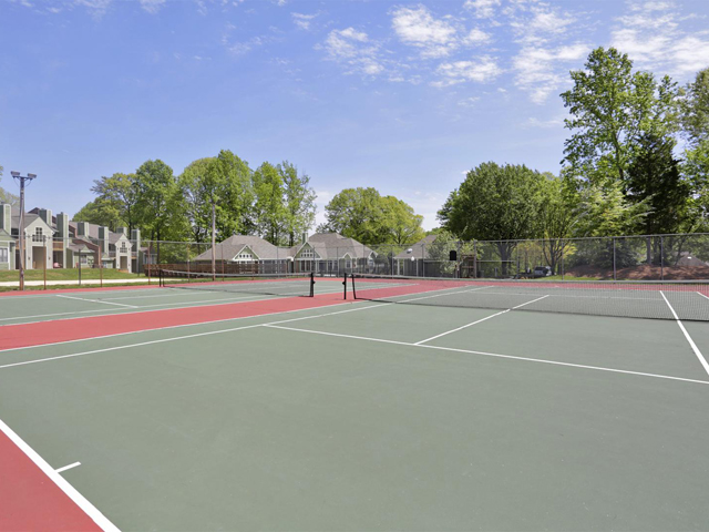 Tennis Court | Landmark at Battleground Park Apartment Homes Greensboro, NC