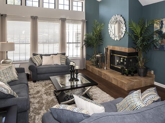 Resident Lounge | Landmark at Battleground Park Apartment Homes Greensboro, NC