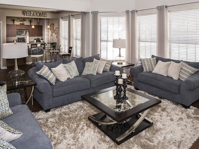 Resident Clubhouse | Landmark at Battleground Park Apartment Homes Greensboro, NC