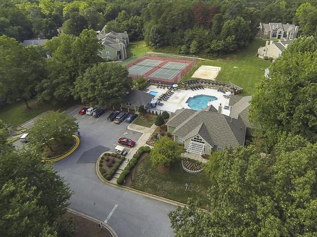 Aerial Image of Landmark at Battleground Park Apartment Homes Greensboro, NC