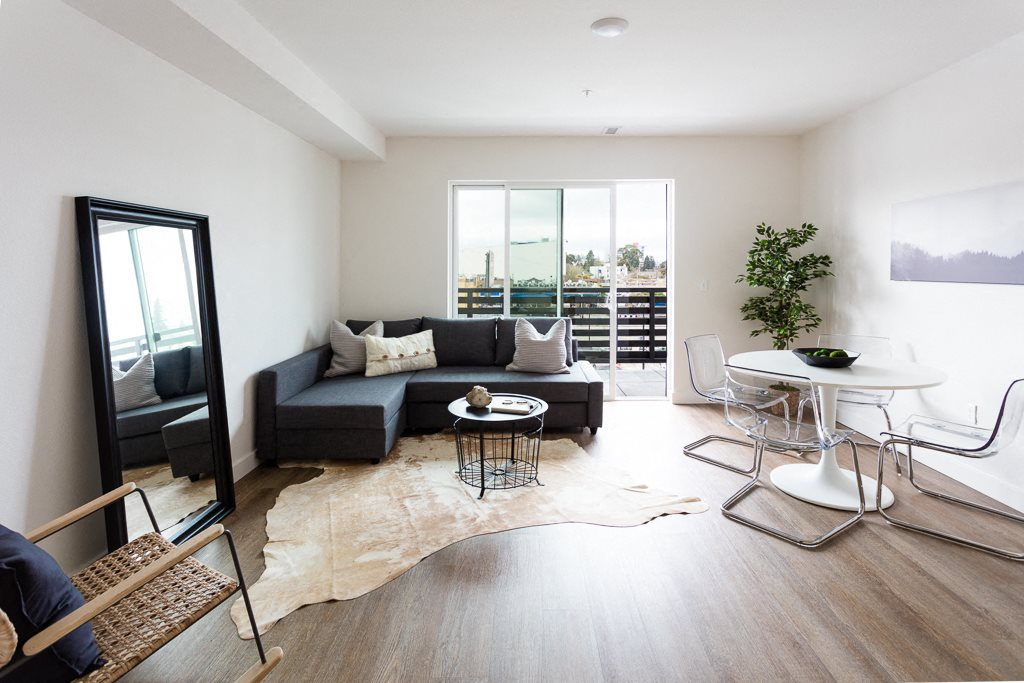 Living and Dining  l Maya Oakland | Oakland Apartments | Now Leasing Studio, One, & Two Bedrooms | Apartments Near Bart