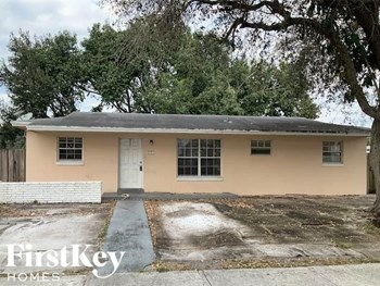 4021 NW 199Th St 5 Beds House for Rent Photo Gallery 1