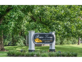 920 Twin Bridges Road 1 Bed Apartment for Rent Photo Gallery 1