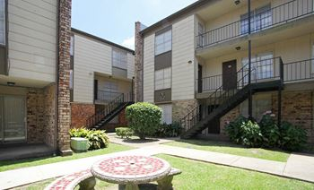 294 Wright Ave. 1 Bed Apartment for Rent Photo Gallery 1