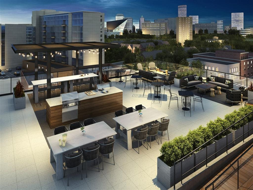 Rafter Apartments Lifestyle - Rooftop Lounge