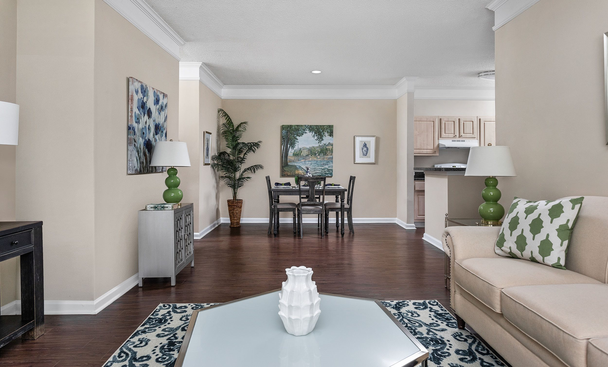 Magnificent Find Your Rental Apartment Home At Waterford Landing In Home Interior And Landscaping Eliaenasavecom