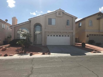 9047 Sunpine Court 4 Beds House for Rent Photo Gallery 1