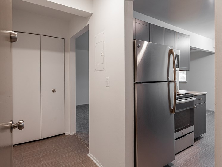 Fully-Equipped Gourmet Kitchens at Lafayette Park Place - Detroit, MI, Michigan, 48207