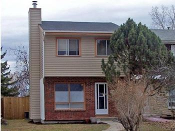 1132 Markham Road 3 Beds House for Rent Photo Gallery 1