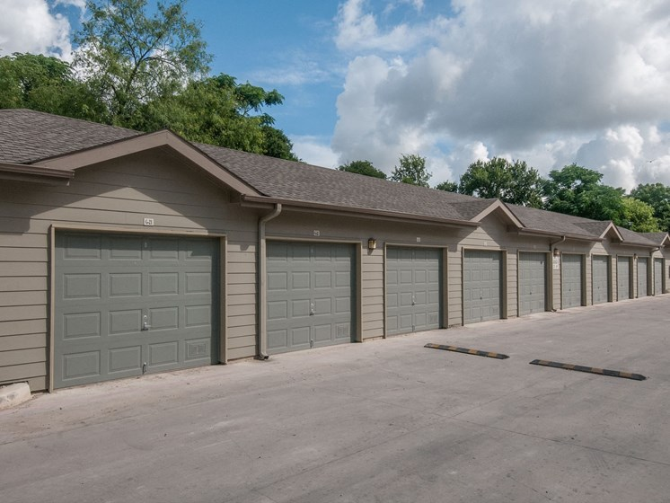 apartments in san antonio with garage