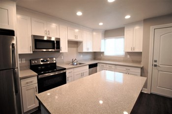 37950 Fremont Blvd 1-3 Beds Apartment for Rent Photo Gallery 1
