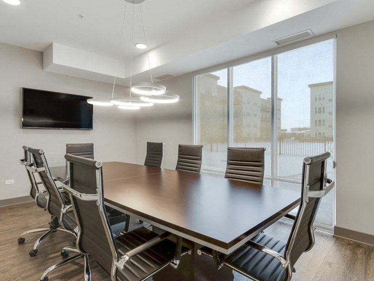 lakeside of oakbrook office room
