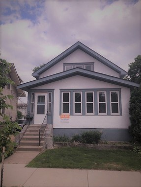 1106 17th 3 Beds House for Rent Photo Gallery 1