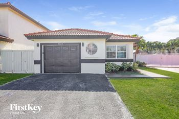 8624 NW 196th Terrace 3 Beds House for Rent Photo Gallery 1
