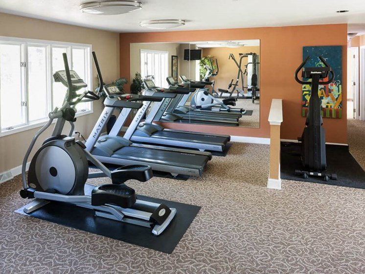Fitness Center at Ardsley Ridge apartments