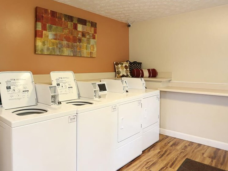 onsite laundry facility at Ardsley Ridge apartments & townhomes