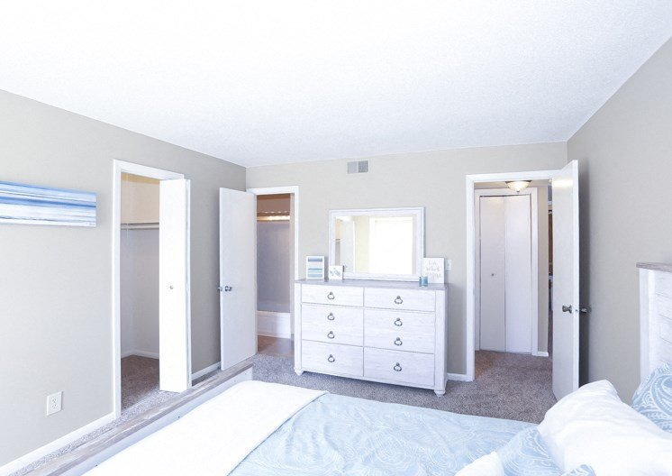 Apartments in Kansas City Bedroom 2