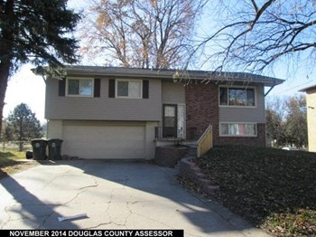 8859 Holmes Street 3 Beds House for Rent Photo Gallery 1