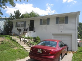 7313 S. 33rd St 3 Beds House for Rent Photo Gallery 1