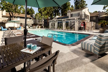 935 Willowleaf Drive 1-2 Beds Apartment for Rent Photo Gallery 1
