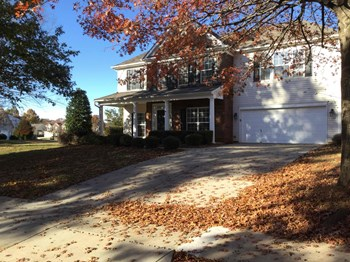 126 Center Point Drive 4 Beds House for Rent Photo Gallery 1
