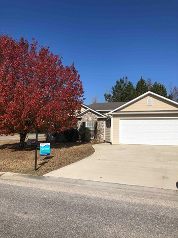 851 MERIWEATHER Dr 3 Beds House for Rent Photo Gallery 1