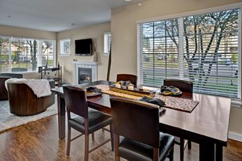 1090 Ross Avenue 1-3 Beds Apartment for Rent Photo Gallery 1