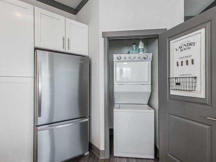 Fridge and In-Unit Washer Dryer Combo at Vintage at The Avenue Apartments near Murfeesboro, Tennessee