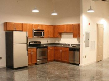 3725 Dauphine St. 1-2 Beds Apartment for Rent Photo Gallery 1