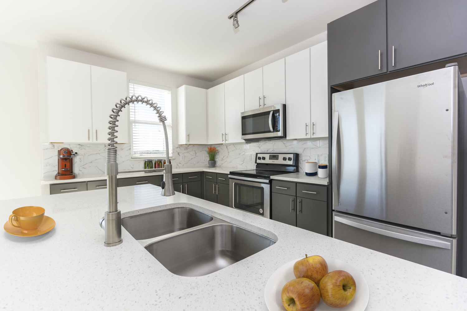 Stainless Steel Appliances at The View of Fort Worth, Fort Worth, TX